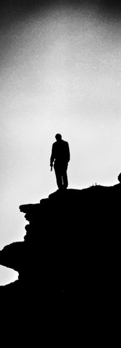 suicide loner-2254743_1920.jpg