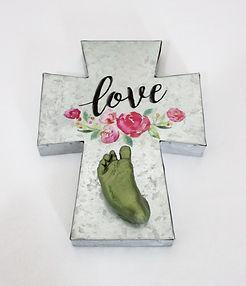 love green newborn foot cast.jpg