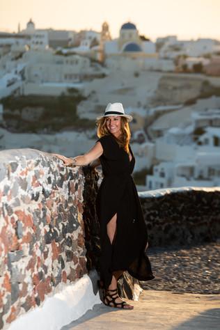 Casual_Photographer_Santorini_Island_Pho