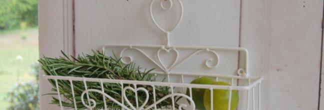 Landhaus Wandkorb EMMA in weiß, Shabby antique Chic, Metall 30 cm