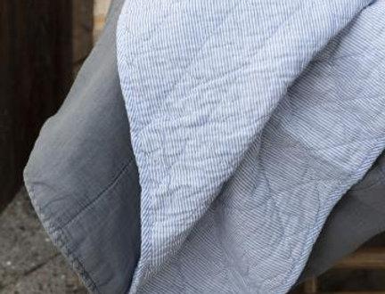 Quilt Elif weiß blau gestreift