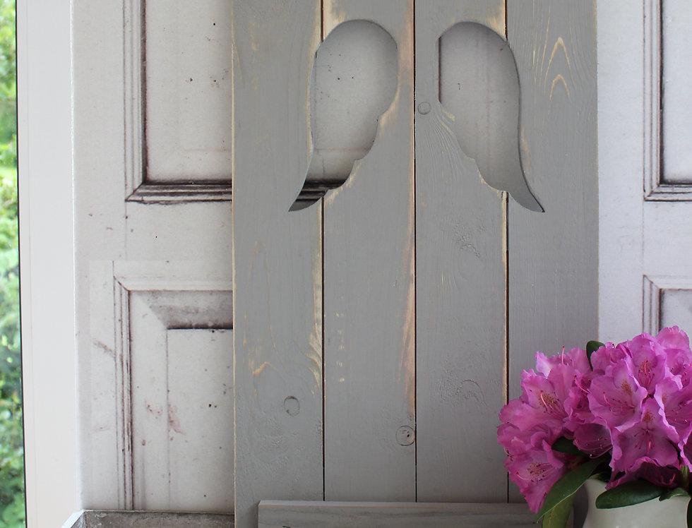 Landhaus Fensterladen ENGEL in grau ,Shabby chic Handgefertigt