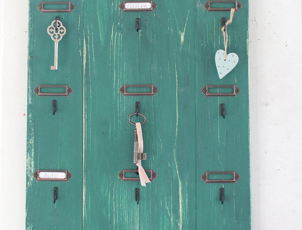 Landhaus Schlüsselbrett Aron in grün, Shabby antique chic, Handgefertigt