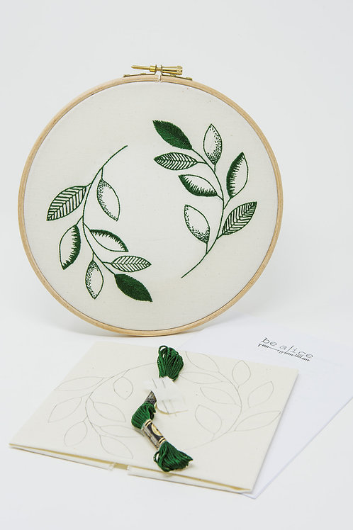 Crewelwork inspired Leaves Kit