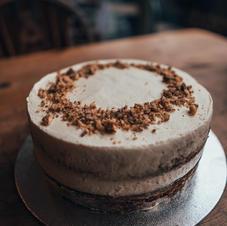 Basic Birthday cake £35