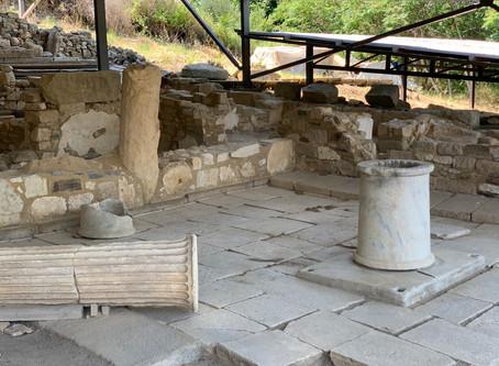 Ο αρχαιολογικός πλούτος της αρχαίας Ακάνθου πρέπει να προστατευτεί και να αναδειχτεί άμεσα.