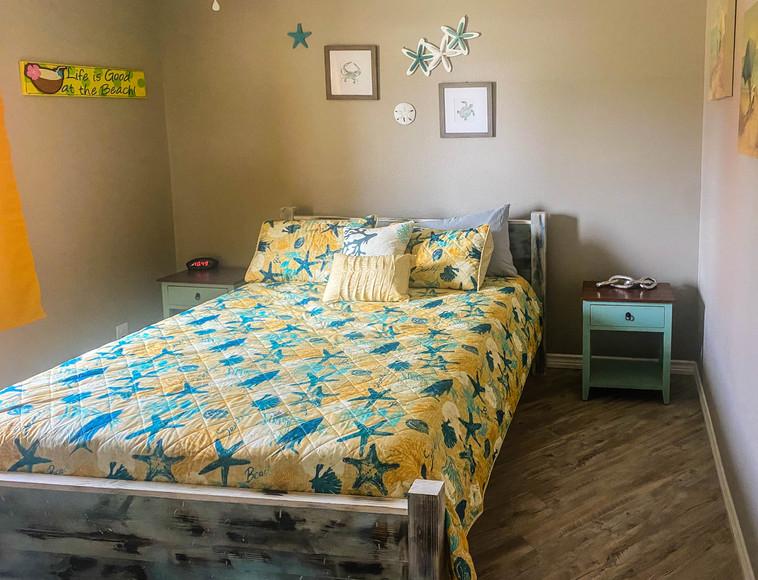 Third Coast Rentals - NEW Cabins bedroom 1