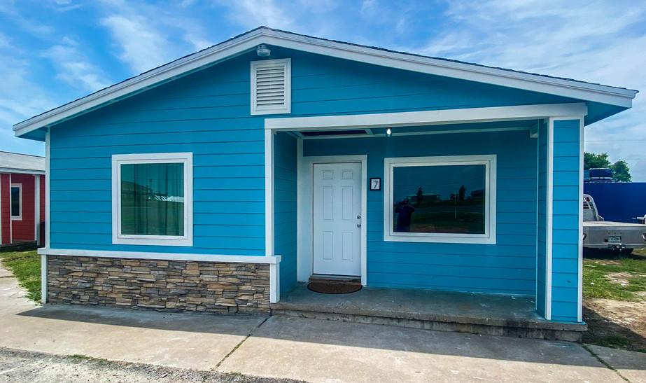 Third Coast Rentals - NEW Cabins exterior