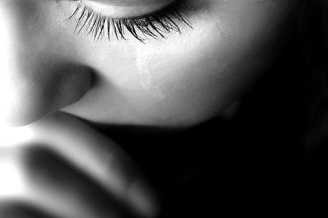 Crying woman_edited.jpg