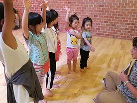 กิจกรรมศิลปะการแสดง สำหรับเด็ก