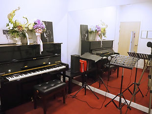 โรงเรียนดนตรี ร้องเพลง