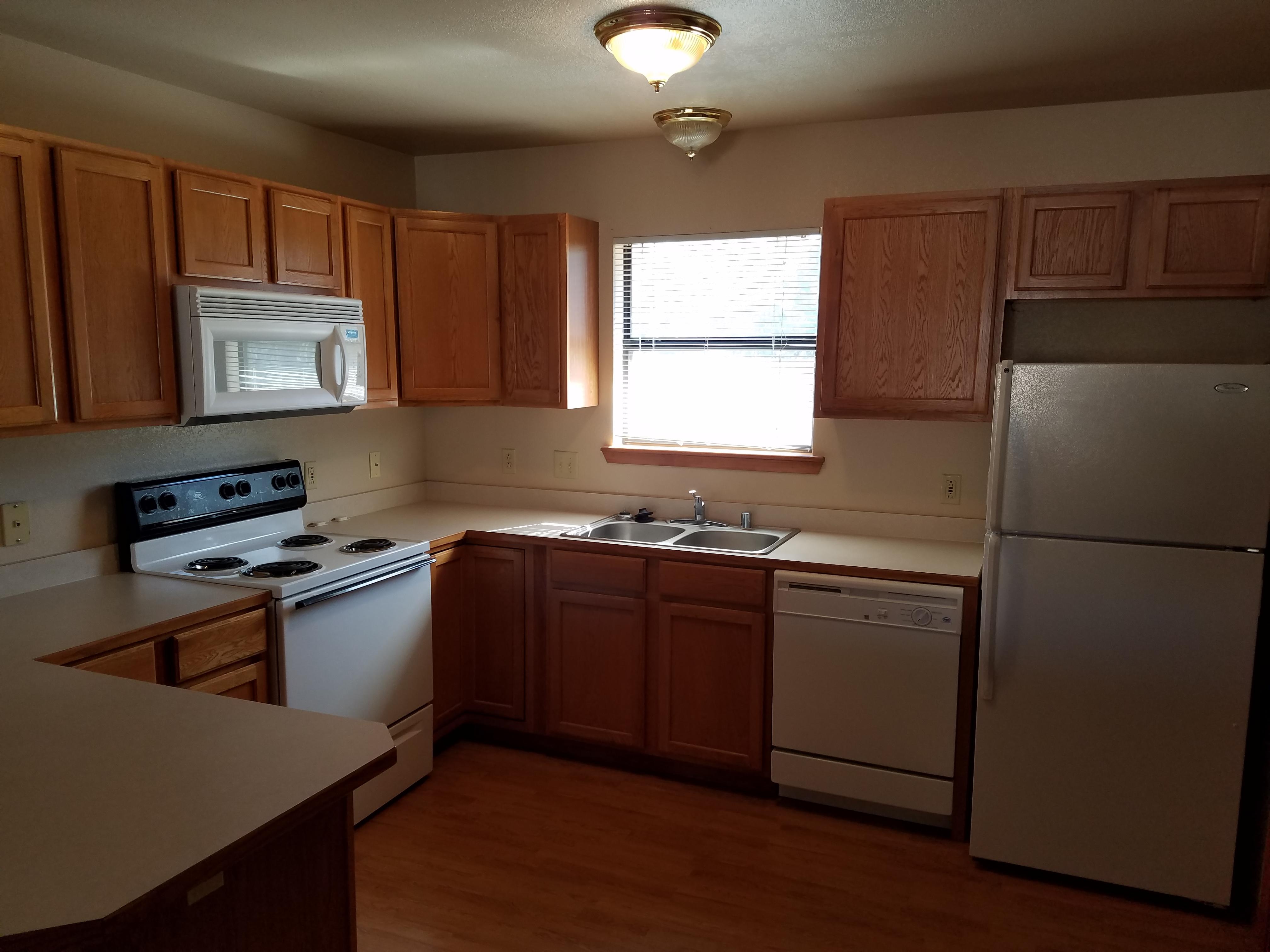 SunsetH-Kitchen