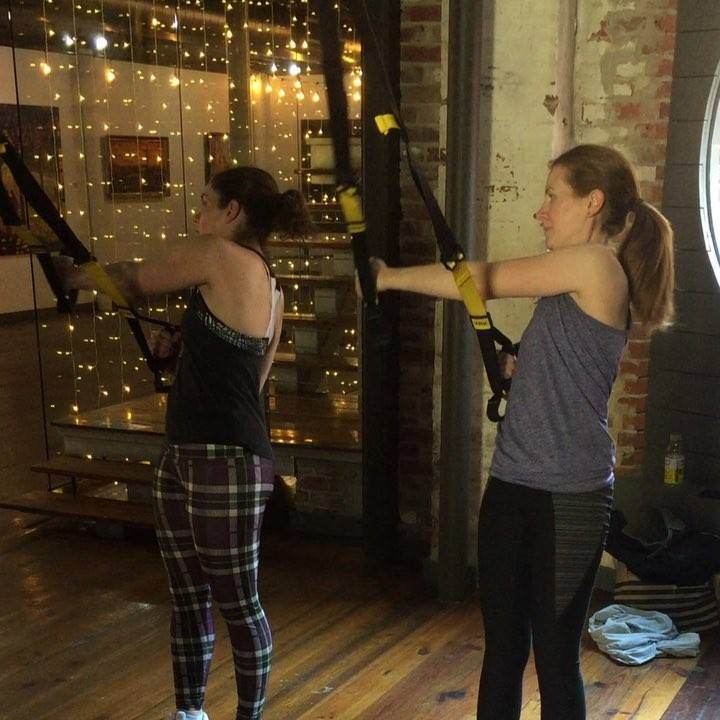 This isn't boomerang, their timing and synchronization is that awesome!#trx #trxpilates #trxhipthrow #trxtraining #dynamicpilatesdc