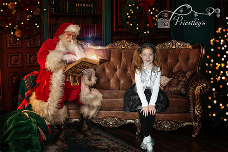 05 - Reading time with Santa.