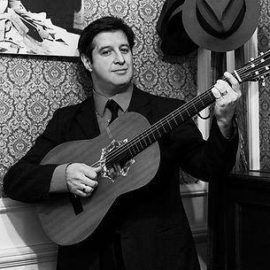 Leonardo Guitar Square.jpg