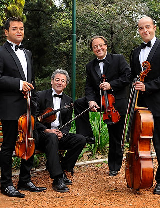 Cuarteto Gianneo 2_edited.jpg