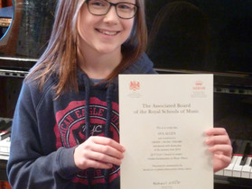 Well done to piano student Ava for achieving a distinction in her Grade 5 piano exam!