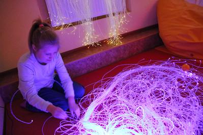 Darbošanās ar gaismas elementiem