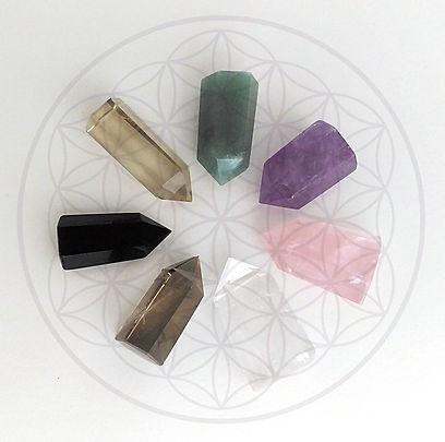 Pierres et cristaux pour lithothérapie, chakras et bien-être