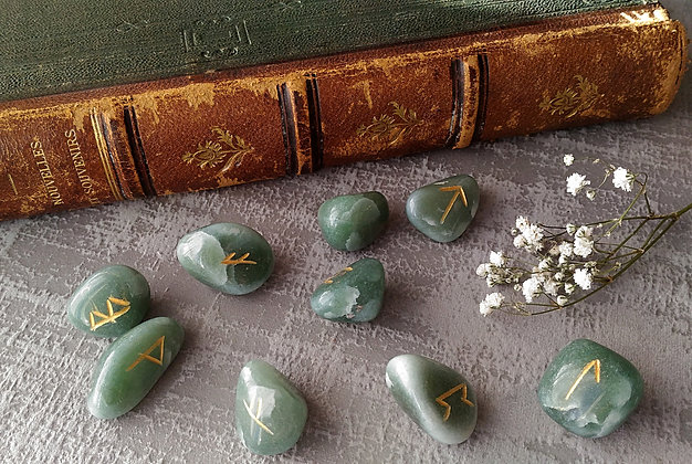 Runes pierre aventurine