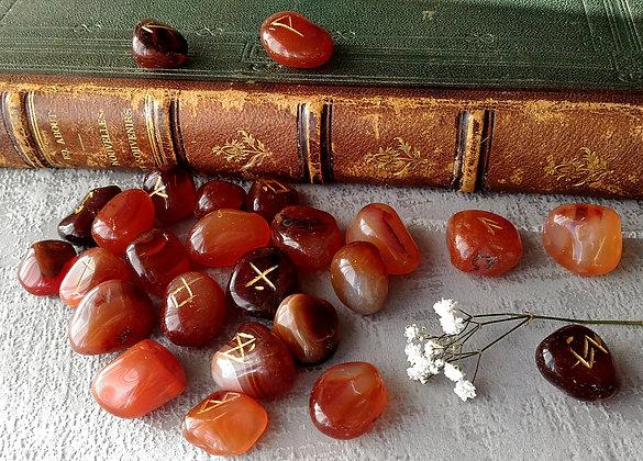 Runes pierre cornaline