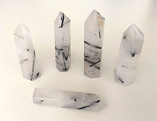 Quartz tourmaliné Pointe 6 cm