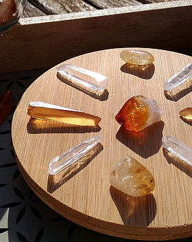 Boutique en ligne Pierres, cristaux et bijoux. Ô Comptoir Bohème.