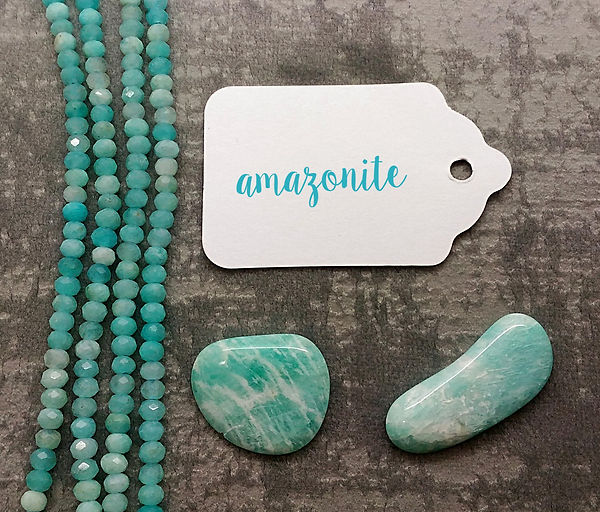 Amazonite, pierre pour lithothérapie. Amazonite polie pour chakra turquoise.
