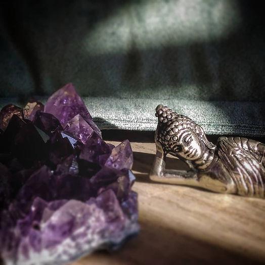 Améthyste pierre brute et druse pour chakra coronal.