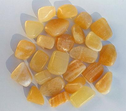 calcite orange vertus et propriétés de la pierre en lithothérapie.