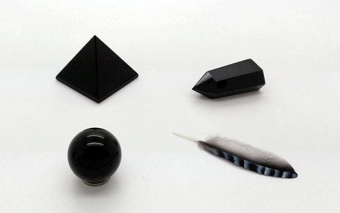 Obsidienne TRIO chakra racine - pyramide, pointe, sphère