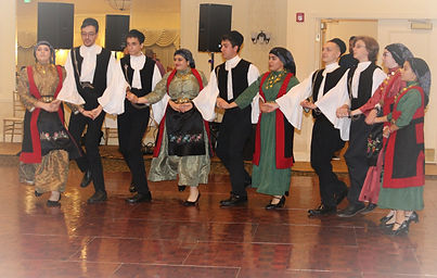 Young%20Adult%20Dancers_edited.jpg