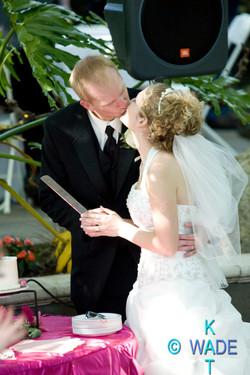 AMANDA_and_JON_Wedding_366_KatWade