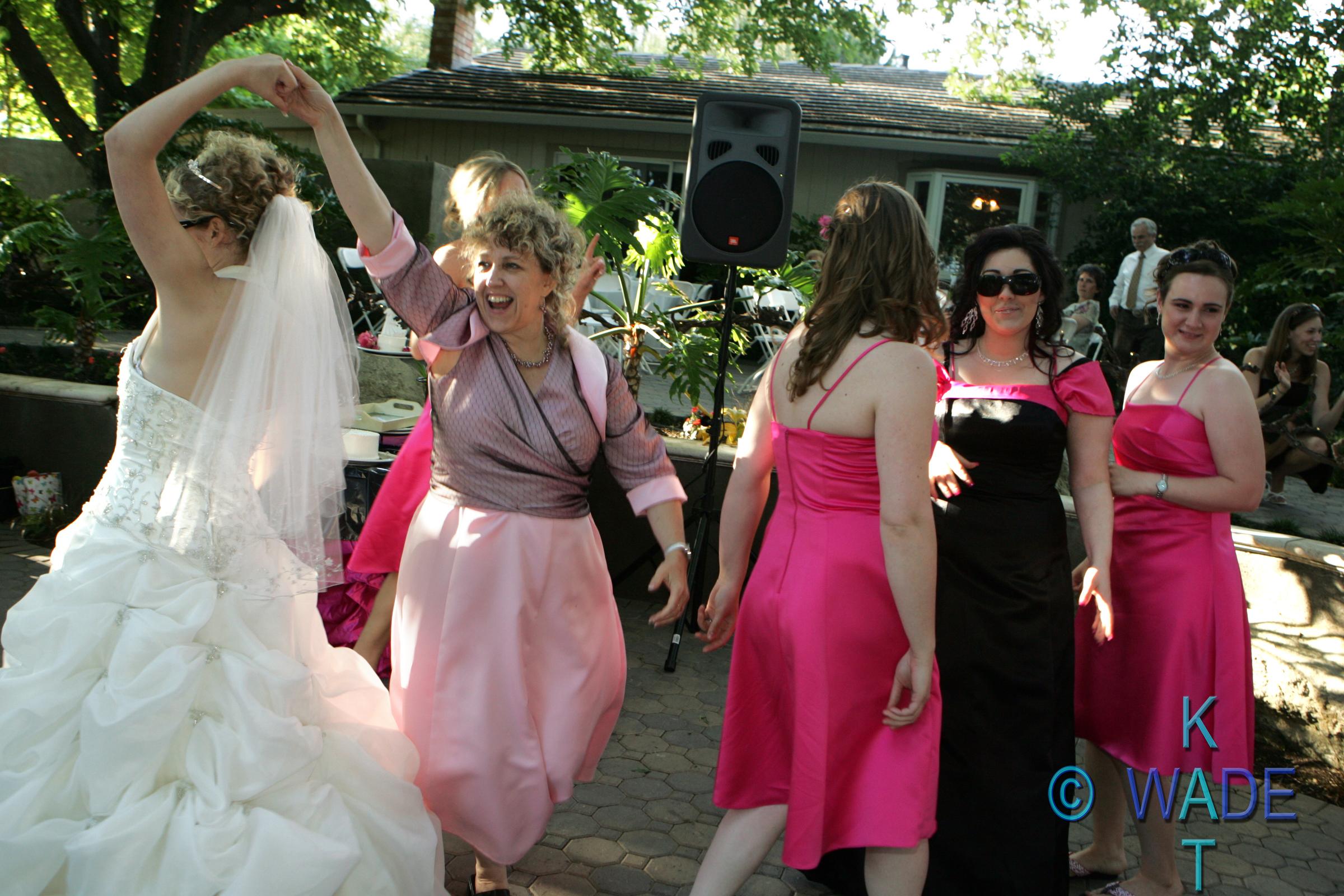 AMANDA_and_JON_Wedding_528_KatWade