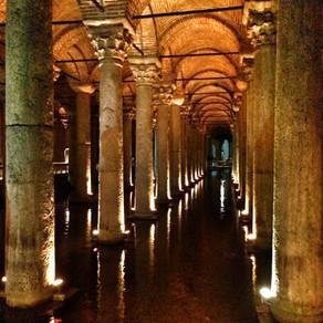 A cisterna da Basílica de Istambul