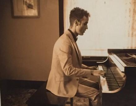 Virtual Vintage Piano Hour