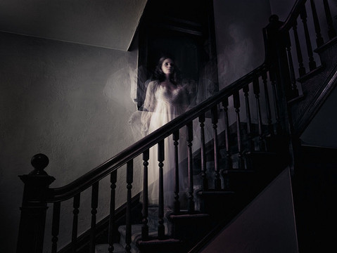 The Whaley House: Visitors Experience Chills & See Shadows Moving. Know the Haunted Past Behind It!