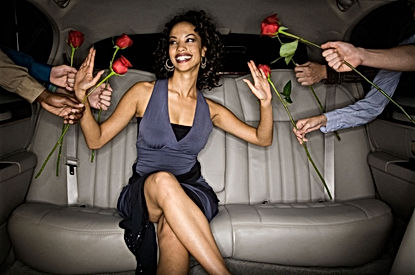 8 Surprising Traits Men Find Totally Irresistible in Women | What Attracts Men to Women? Read This!