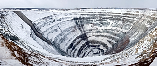 Mirny Diamond Mine: Mysterious Hole in Siberia that Can Sucks Anything Flying over it