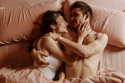 What Are Intimate Hugs | Different Types Of Hugs And What They Mean