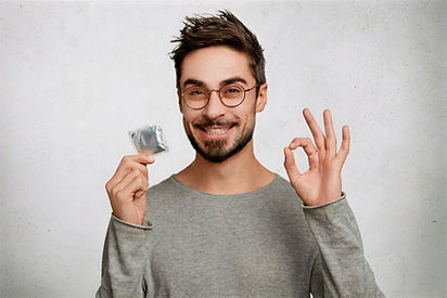 Adult Jokes: A Young Man Condom Purchase Failed Badly