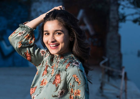 10 Most Hillarious Tweets on Alia Bhatt that Will Leave You Rolling on the Floor