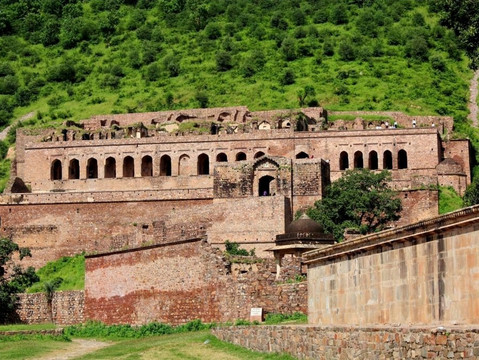 Mystery of Bhangarh Fort: Archaeological Survey of India Declared it as Asia's Most Haunted Place