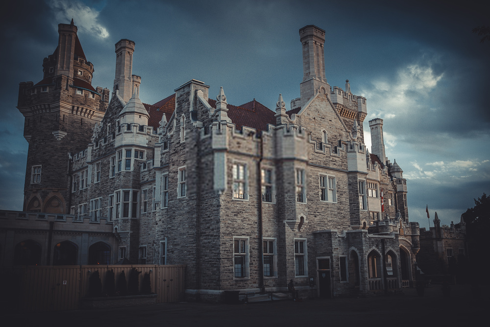 Casa Loma: The Historically Secret Breathtaking Private Residence