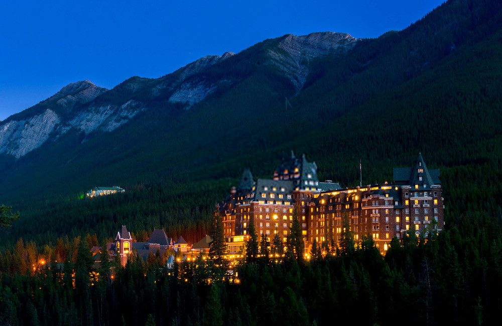Fairmont Banff Hotel: 129 Years Old Hotel has More Guest who checked in but has Never Checked Out