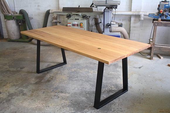 'Kanimbla' - Dining table