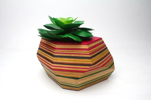 'Akimbo' - Geometric Planter