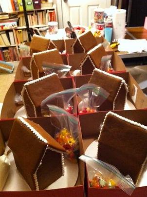 gingerbread house kit.jpg