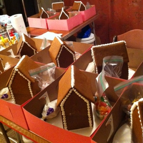 Christmas In July Gingerbread House Kit