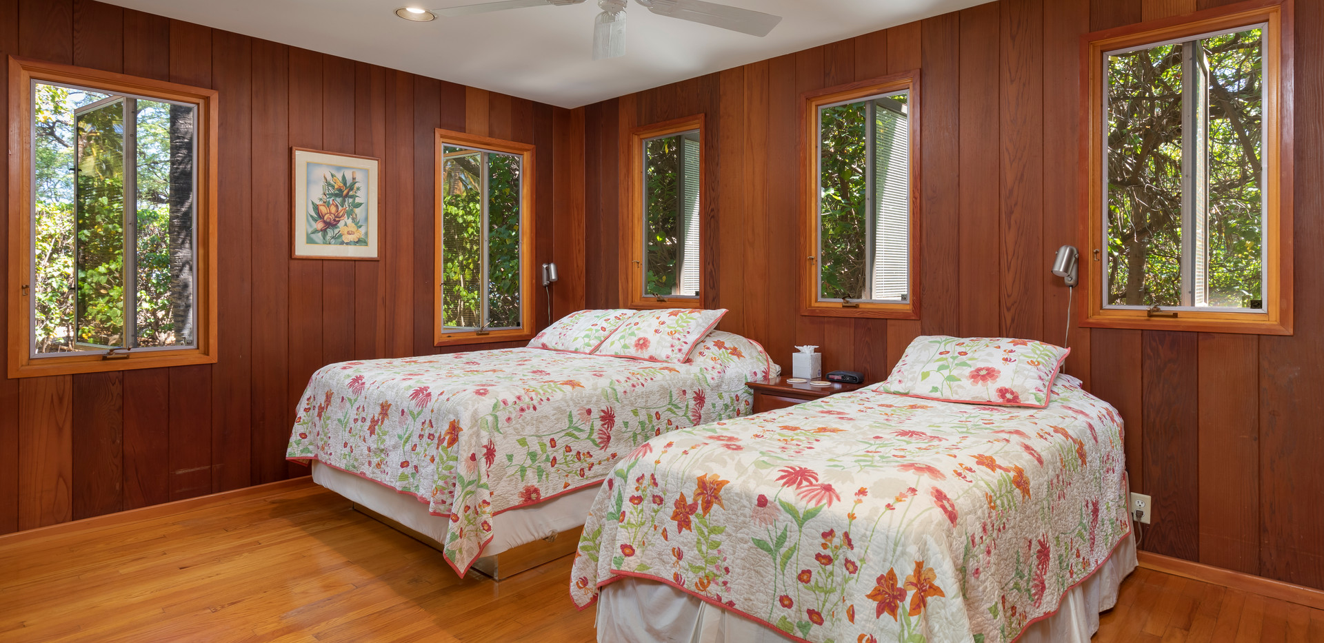3rd bedroom, located downstairs with a Queen and Twin bed.